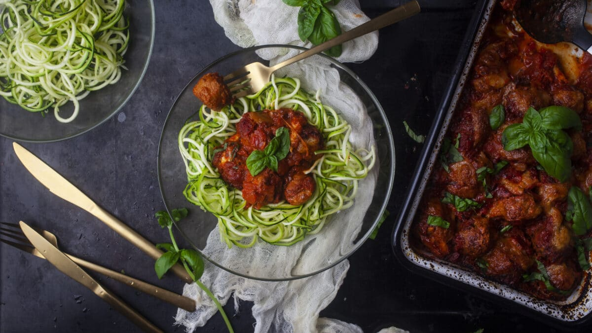 Italienske kødboller med squash tilbehør