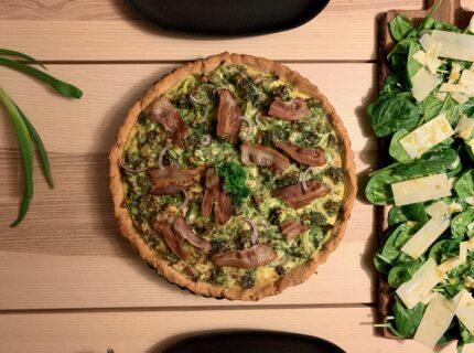 ketoliv-overview-tærte-brocoli-bacon-med-spinat-parmesan-og-citron