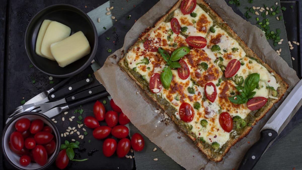 Blomkålspizza med pesto KETO