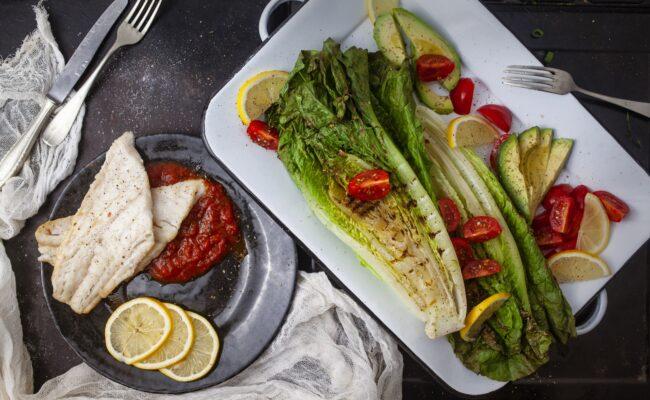 ketoliv-Kulmule i pomodoro sauce og simpel Keto salat-overview