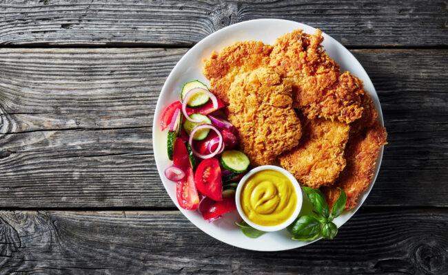 ketoliv-Parmesanmarineret kylling med simpel salat-overview