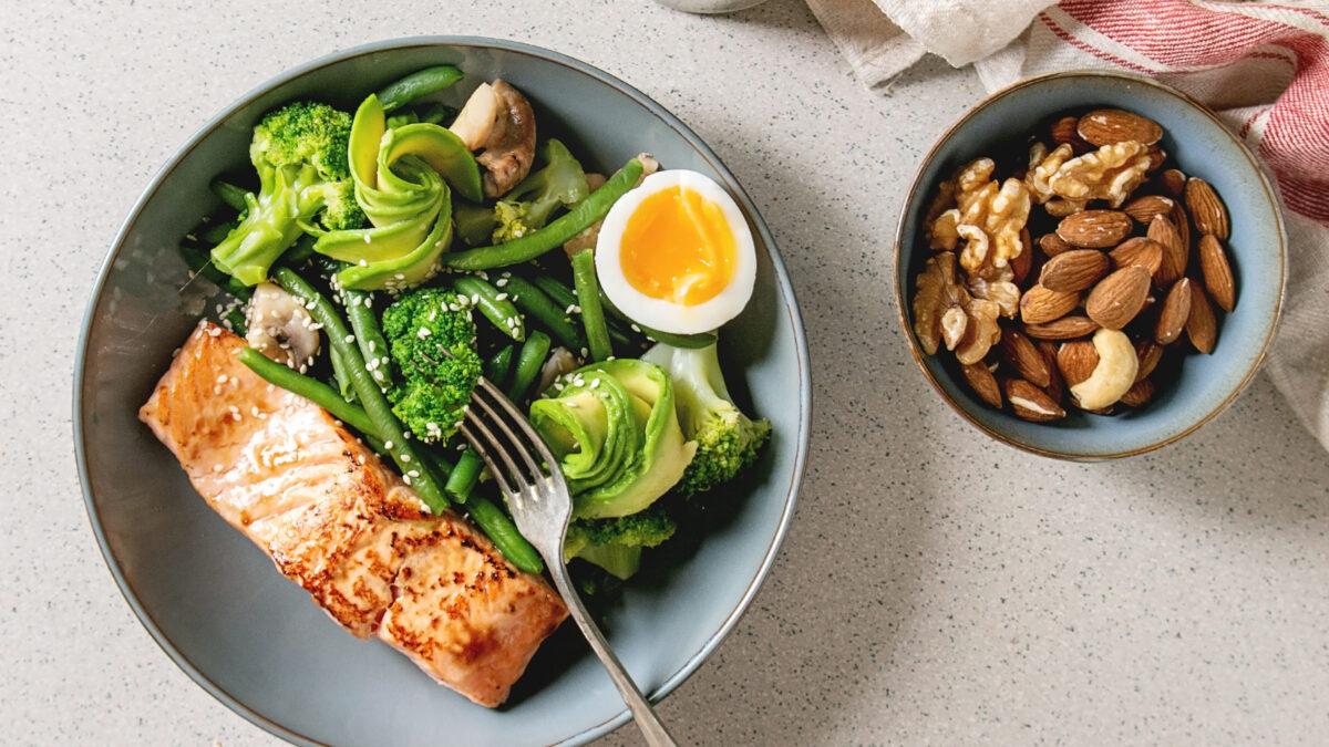 Sund og frisk Keto aftensmadsplatte