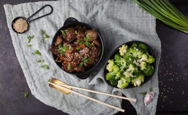 ketoliv-Lynstegt tykstegsbøf med broccoli-overview