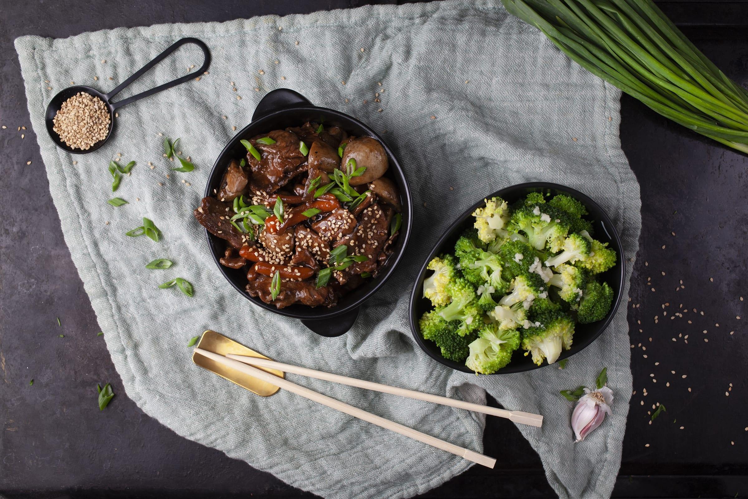 Lynstegt tykstegsbøf med broccoli