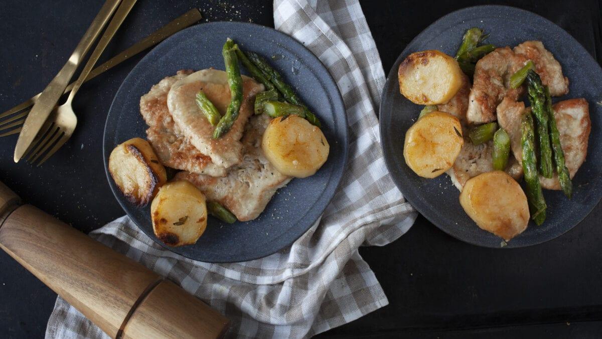 Cremet kylling med ovnbagt knoldselleri og asparges