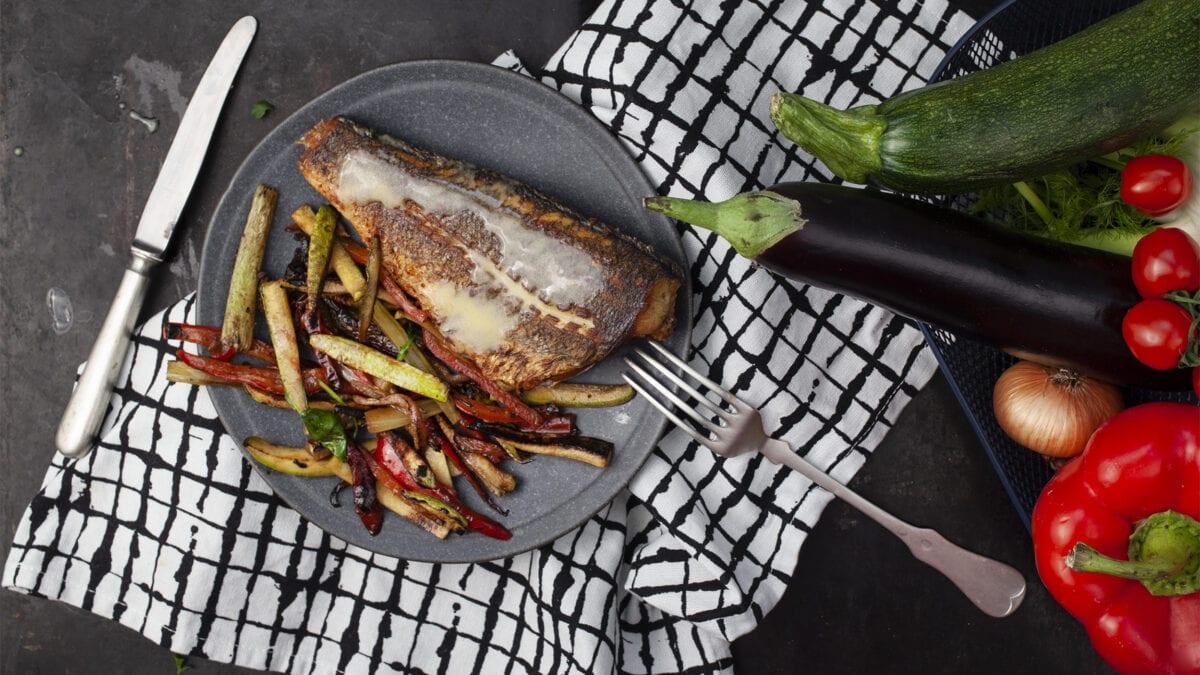 Havabbor med ratatouille inspireret grøntsager og citrondressing