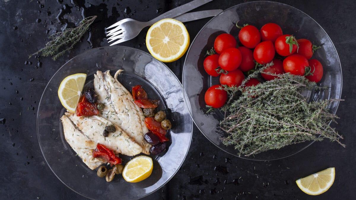 Havaborre i hjemmelavet siciliansk tomatsauce